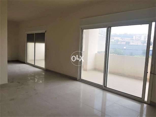 3 Bedroom Apartment in Adonis, Keserwan with Mountain View
