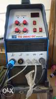AC/DC Tig Welder For S/S AND aluminum