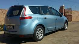 REDUCED ** Renault grand scenic 1.9 diesel excellent condition