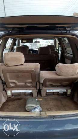 Toyota Sienna urgently for sell at affordable price in good condition Akure - image 7