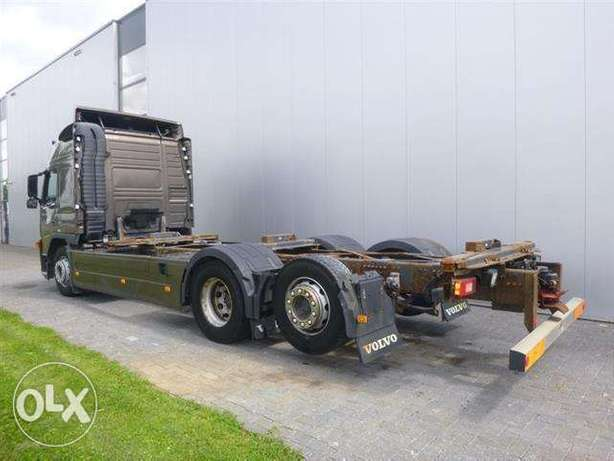 Volvo Fm410 6x2 Bdf Globetrotter Euro 5 Steering Axle - To be Imported Lekki - image 4