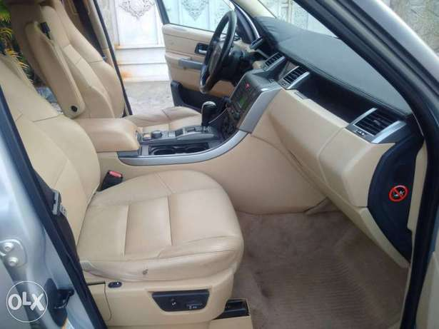 Range Rover Sport HSE Lugbe - image 4