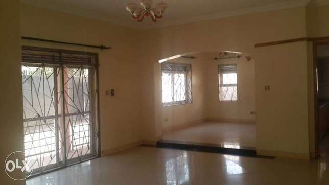 A house in nalya for sale Kampala - image 6