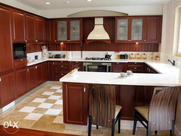 Kitchen cabinetry fitting kampala for Kitchen set olx