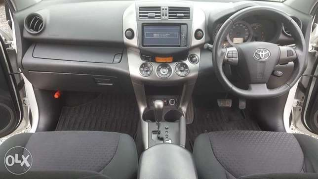 Toyota fielder 2010 model Hurlingham - image 3