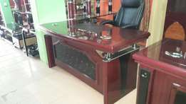 RF- Classy Executive Office Table