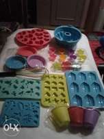 Over 50 types of silicone ovenproof bakeware (overstock)