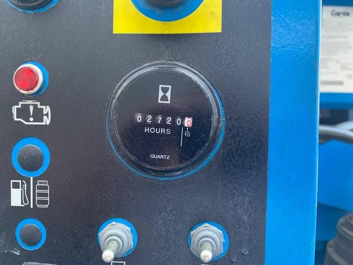 Genie S 45 4 WD hoogwerker - 2010 - image 10