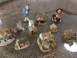 Selection of Lilliput Lane from UK