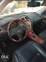 Lexus es350 black for sale at the rate of 3.8m with duty..2008 model