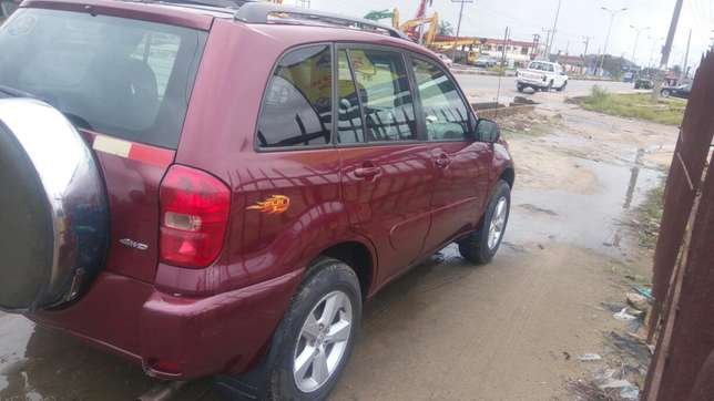 Toyota rav4 4wd for sell Uvwie - image 4