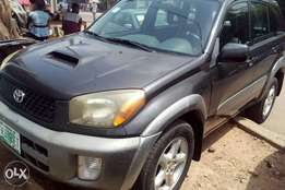 Toyota Rav4 jeep 2003 first body