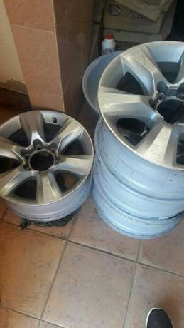 Genuine prado 150 series rims Ridgeways - image 3
