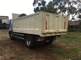 man tipper truck 220 HP