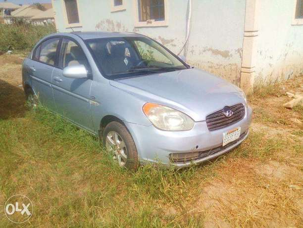 Very Clean Hyundai Accent 2008 for urgent sale. cool a/c Buy and Drive Abuja - image 7