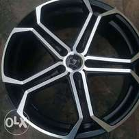 Alloyed wheels and tiers