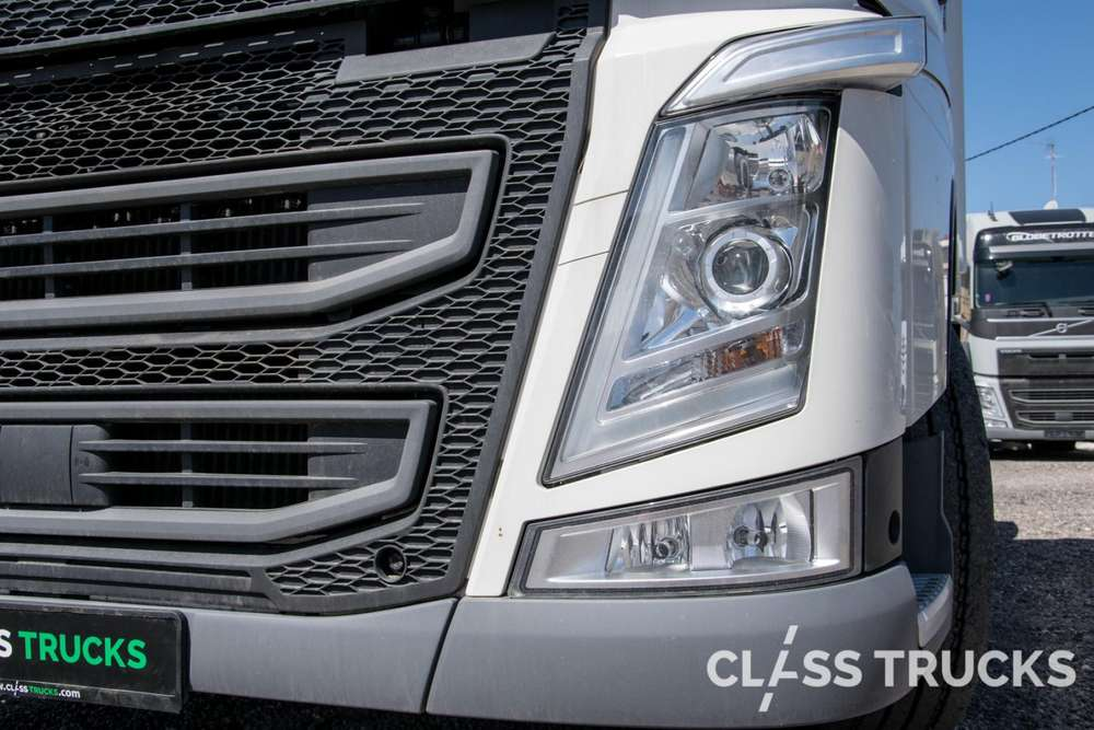 Volvo FH13 500 4x2 XL Euro 6 VEB+, RBS - 2018 - image 6