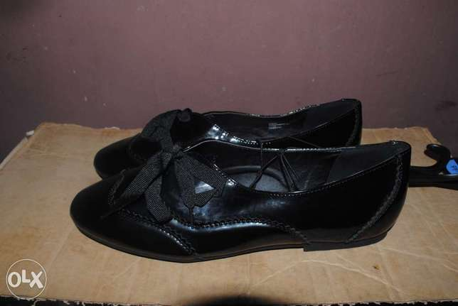 Female Oxford shoe, with Patent leather Lagos - image 1