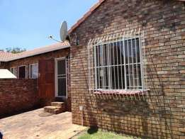 3 Bedroom townhouse in security complex, neat, easy maintenance,Rooihu