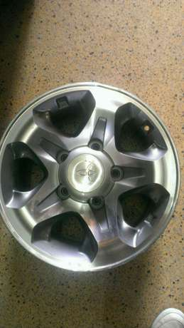 Brand new landcruiser rims 16inch in full set Nairobi CBD - image 1