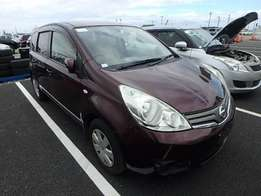 Nissan Note 2009.