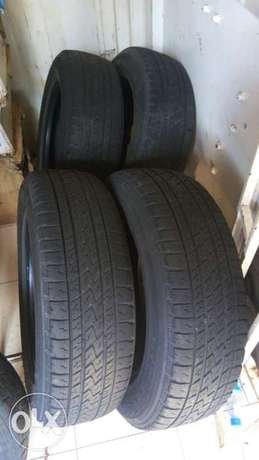 Bridge stone tyres 215/65r16 slightly used Runda - image 1