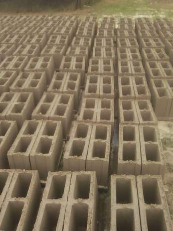 High quality 6 inches hollow blocks for buildings Port Harcourt - image 5