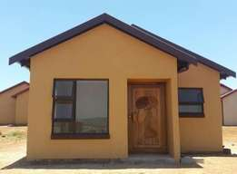 Buying and selling houses in soshanguve