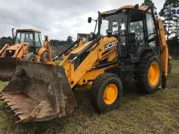 JCB 3DX 4x4 TLB, 2012 model, 4500 hours
