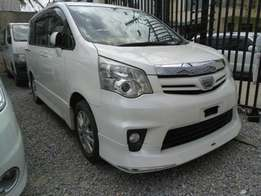 Toyota Noah SI valvematic 2010 model KCM number loaded with alloy r