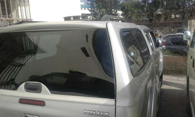 Auto diesel hilux double cab Mombasa Island - image 3