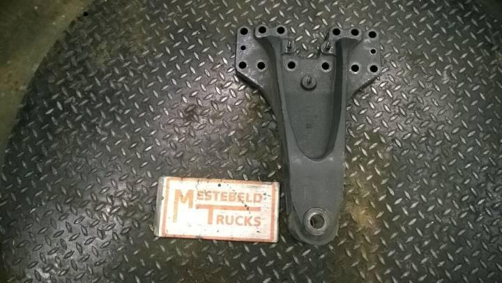 Scania Veersteun achteras  fasteners for  P230 truck - 2013
