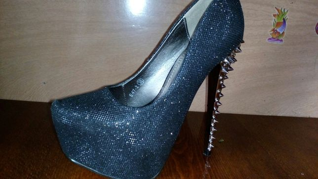 Туфлі  400 грн. - Жіноче взуття Самбір на Olx cf811d04ad186