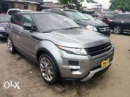 Toks 2013 range rover evogue for sale. Negotiable price