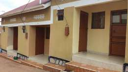 Self contained sitting room and bedroom in kisaasi at 250k