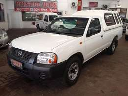 2010 Nissan NP300 2.0i LWB with Aircon,ONLY 118000km , Call Sam