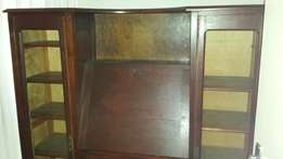 Writing Bureau in very good condition.