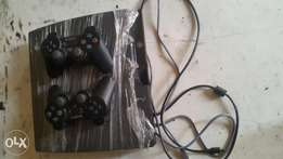 Neat ps3 slim 350 gigabyte with full accessories