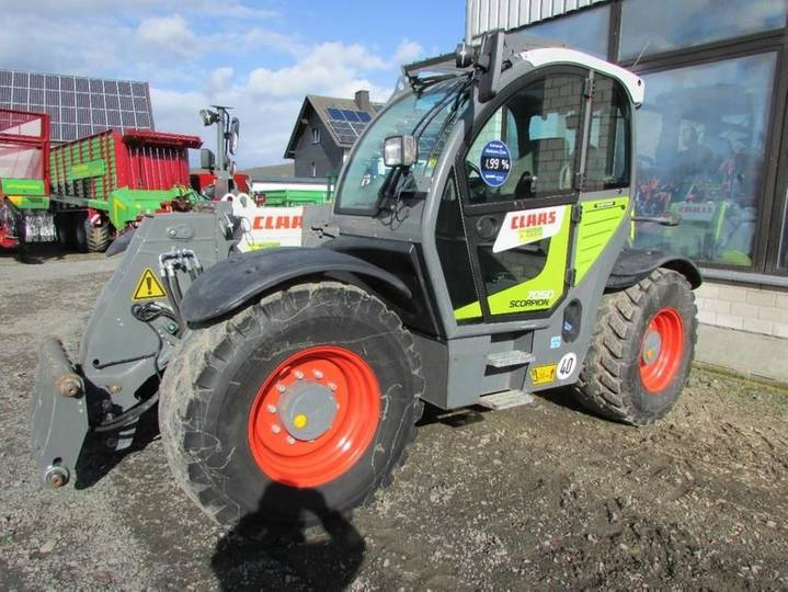 Claas scorpion 7050 - 2017