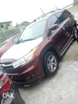 Toyota Highlander 2014 Model Tokunbo Lagos Clear Perfectly Conditions