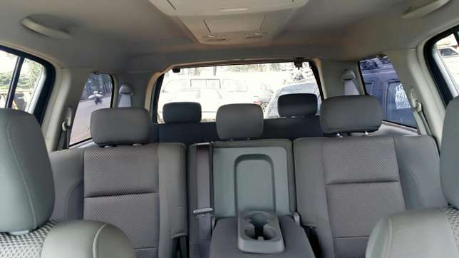 EXCELLENTLY Neat, First Body, Factory Fitted Chilling Ac Nissan Armada Onitsha North - image 7
