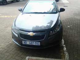 2009 chevrolet cruze in gr8 condition and is for sale