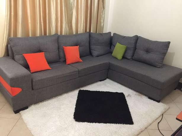 Sofa on quick sale. Donholm - image 2