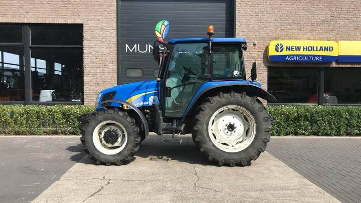New Holland T5030 - 2011