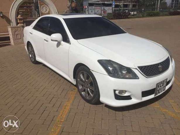 Toyota crown athlete (trade in accepted) Nairobi West - image 4
