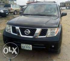 very sharp nissan pathfinder 2006 model