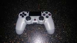 Sony Wireless Remote Limited Edition for PS4