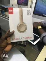 brandnew Beats by Dre Solo3