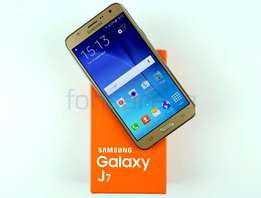 samsung j7 for sale still brand new in box