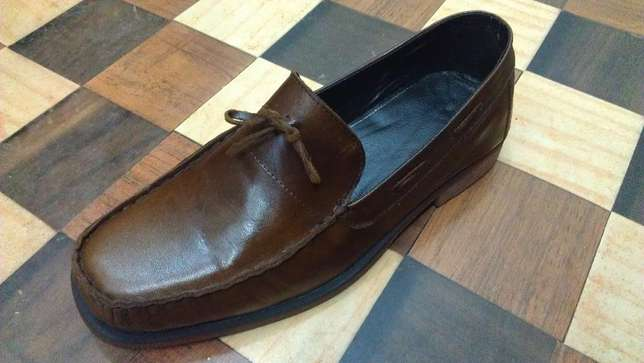 an ACQUILA vintage pure leather loafer size 42(uk 8) Kampala - image 2
